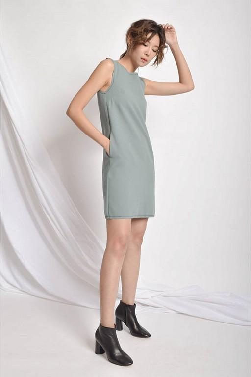 CHERHY CUT-IN DRESS - GREEN